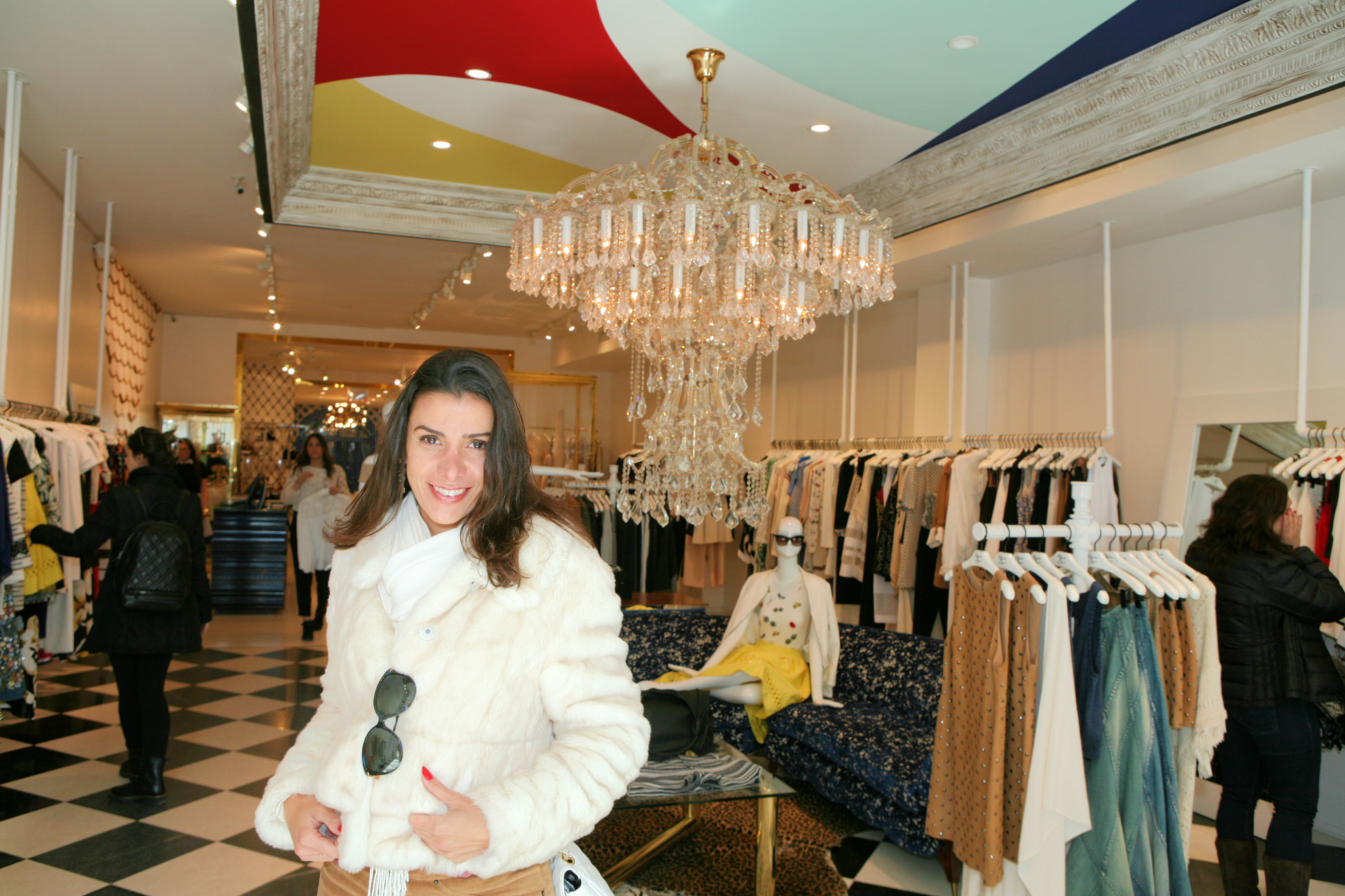 Nada como as lojas em NYC – Alice and Olivia by Stacey Bendet